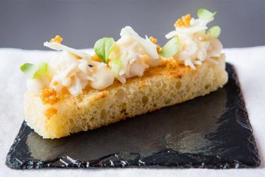 Best city of edinburgh restaurants reviews restaurant for Dining room 28 queen street