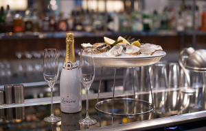 MPW Oysters & Champagne
