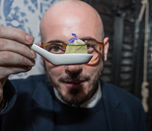 Daniel Redondo - Ostras con pepino y perlas de lichi