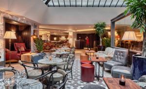 100 Wardour St Lounge_The Atrium (1)