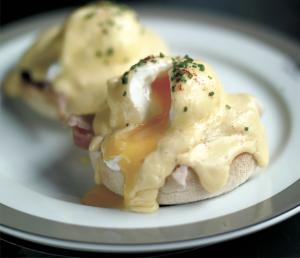 wolseley eggs benedict
